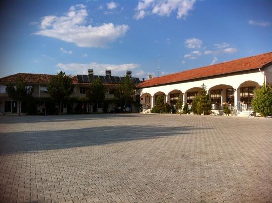 Baskent Demiralan Hotel