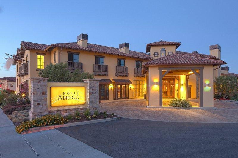 ホテルアブレーゴ