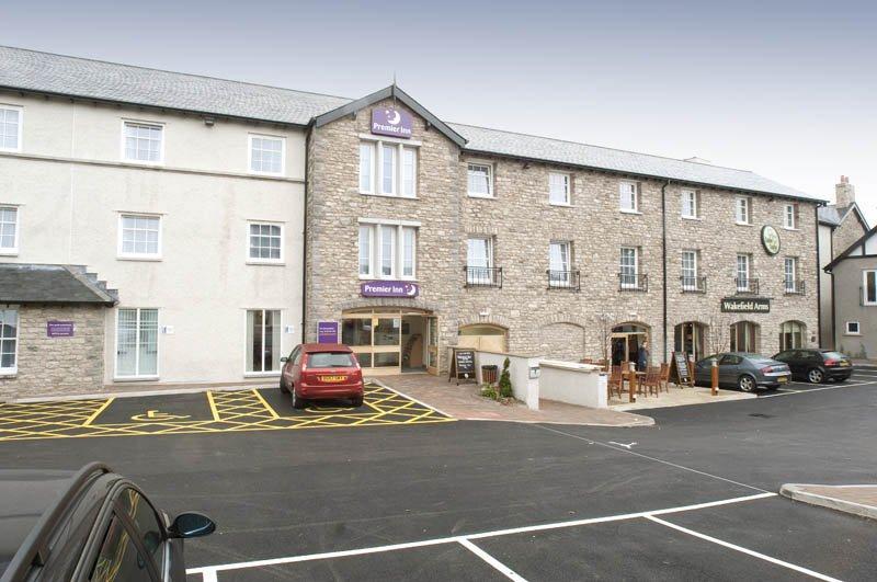 Premier Inn Kendal Central Hotel