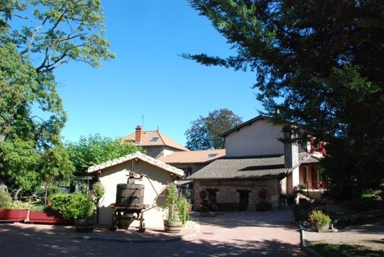 Le Moulin de Saint Verand Restaurant