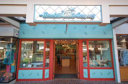 Honolulu Cookie Company Whaler's Village