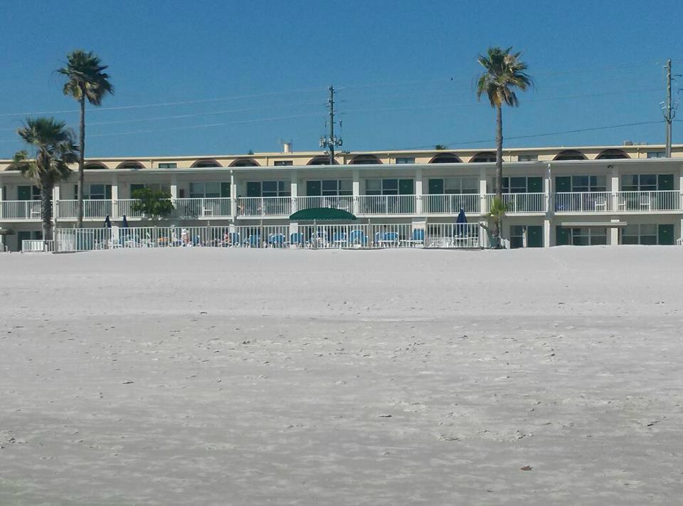 Surfs Inn