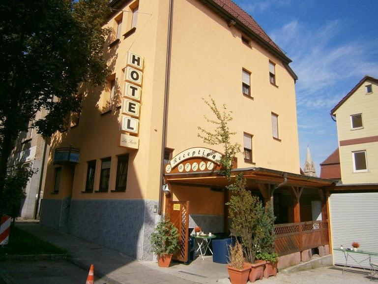 Hotel La Ferte
