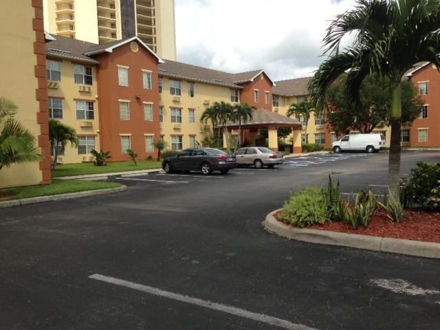 In-Town Suites - Crestwood Suites Fort Myers