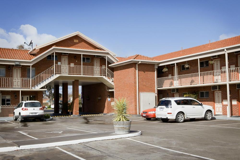 Courtyard Motor Inn Updated 2018 Hotel Reviews Price