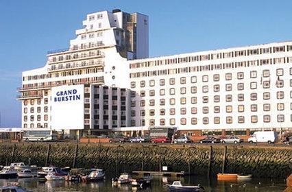 Grand Burstin Hotel