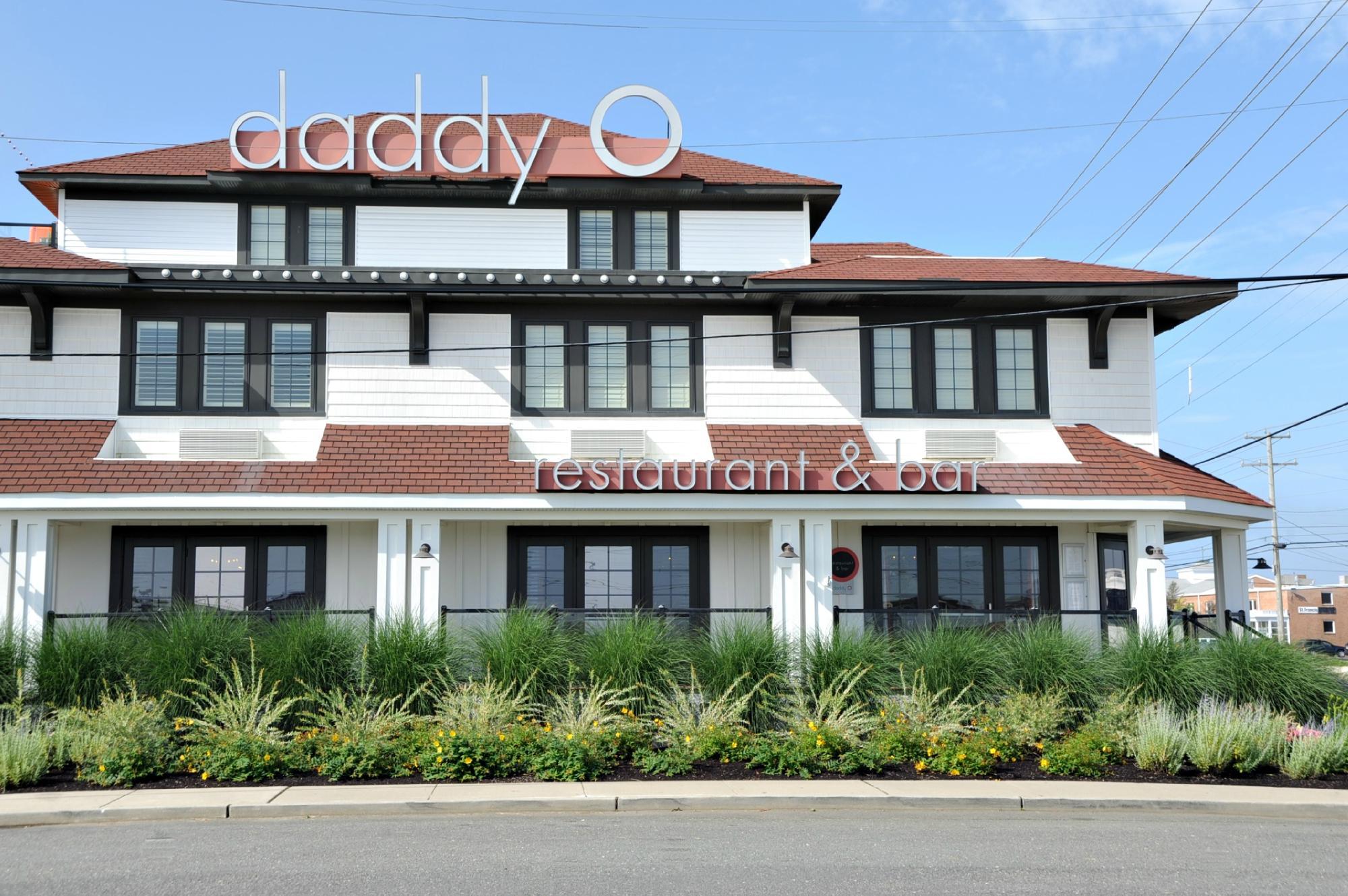 Daddy O Hotel and Restaurant