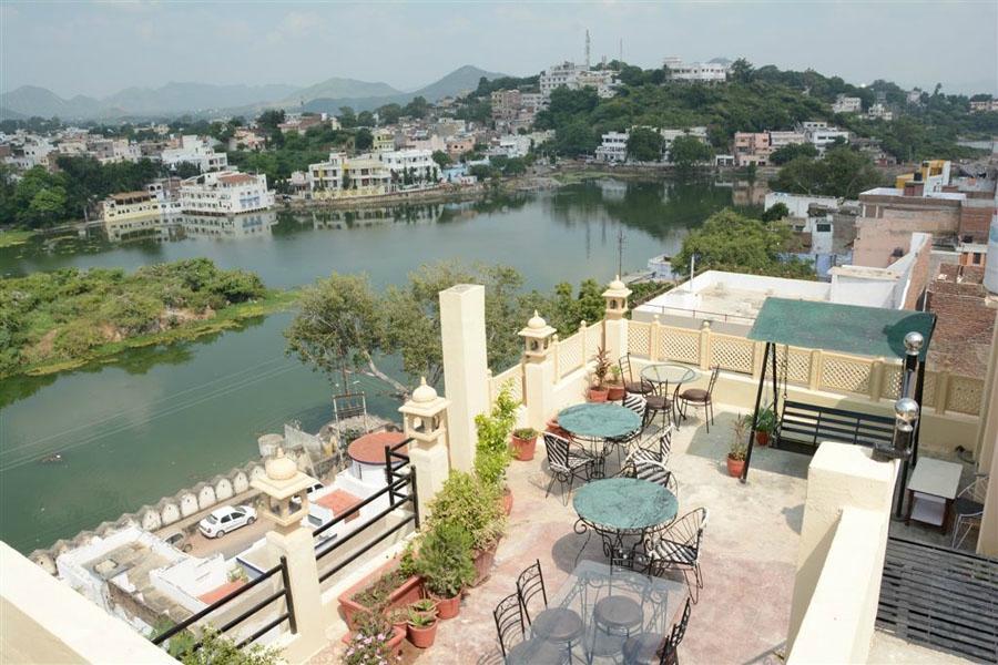 Mewari Villa Hotel and Guest House