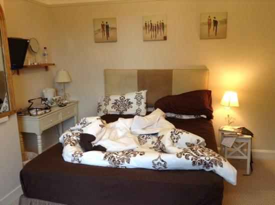 Oakfield Guest House