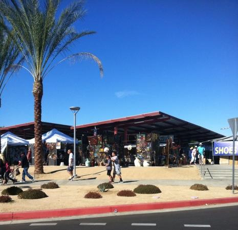 ‪College of the Desert Street Fair‬
