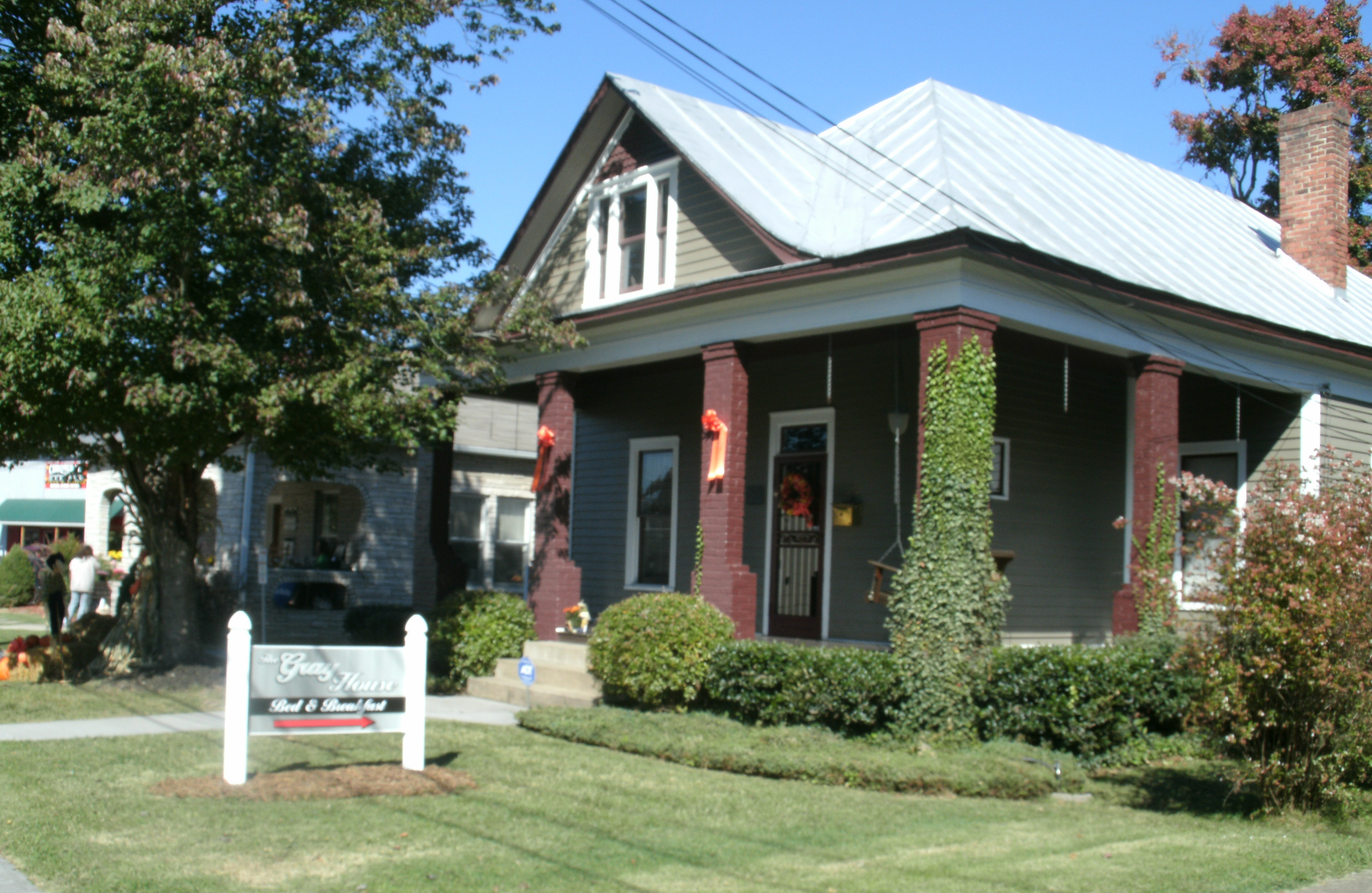 The Gray House Bed & Breakfast