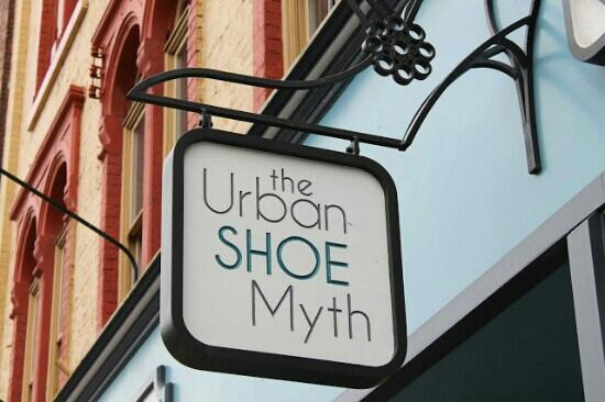 ‪The Urban Shoe Myth‬