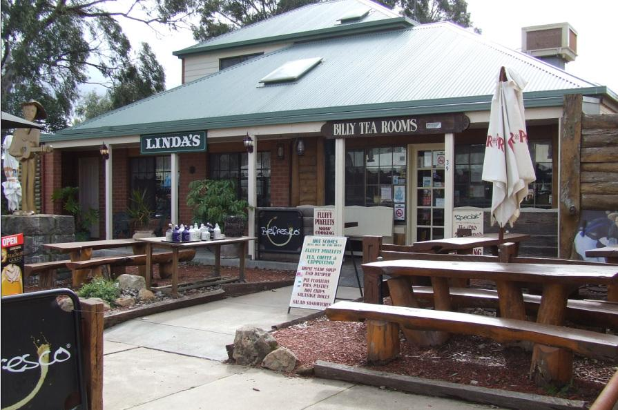 Glenrowan Dad and Dave's Billy Tea Rooms and Accommodation