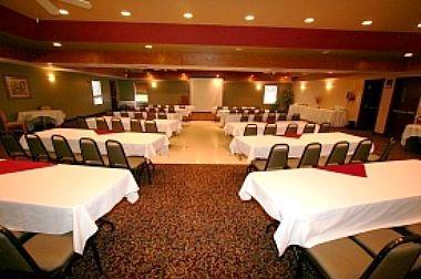 Misty Lake Lodge & Conference Centre