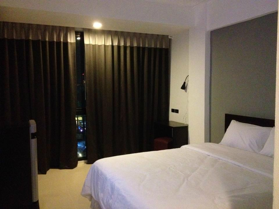 Izen Budget Hotel and Residence