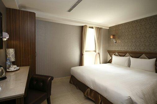 Nest Hotel - Jhonghua