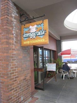Cottage Deli Soup and Sandwich