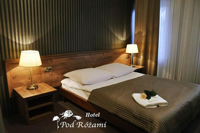 Hotel Pod Rozami