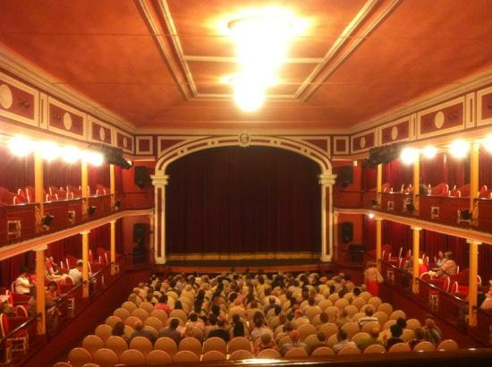 Teatro Salon Cervantes