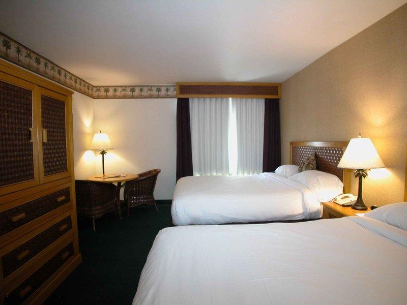 CasaBlanca Hotel, Casino, Golf & Spa