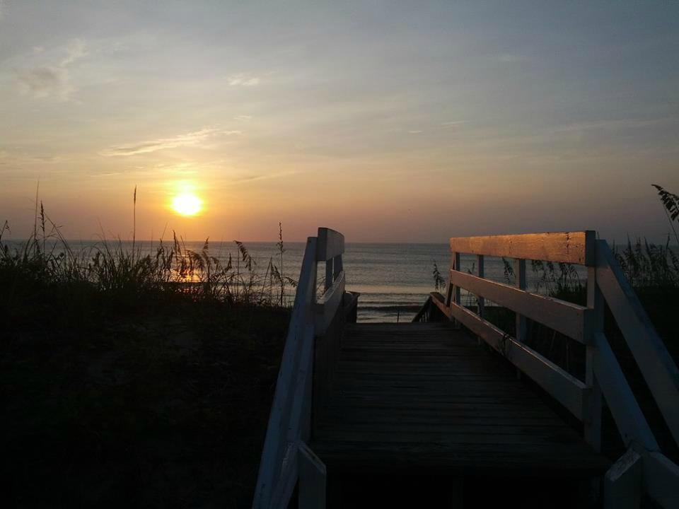 Sunrise in Duck