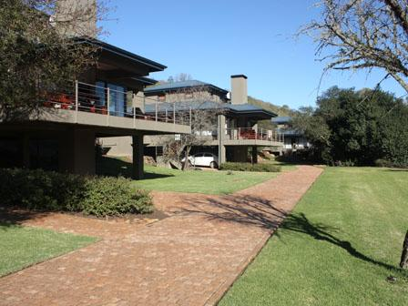 Stonehill River Lodge