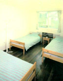 お部屋の一例(和室もあります)