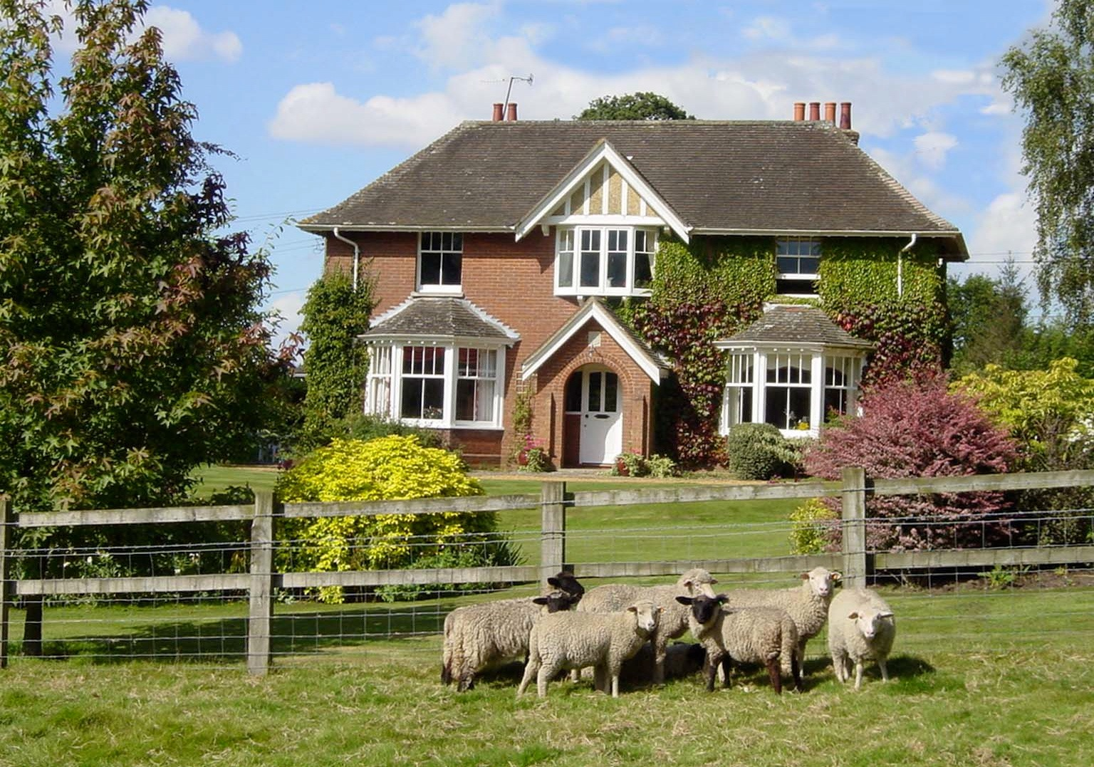 Long Lane Farmhouse