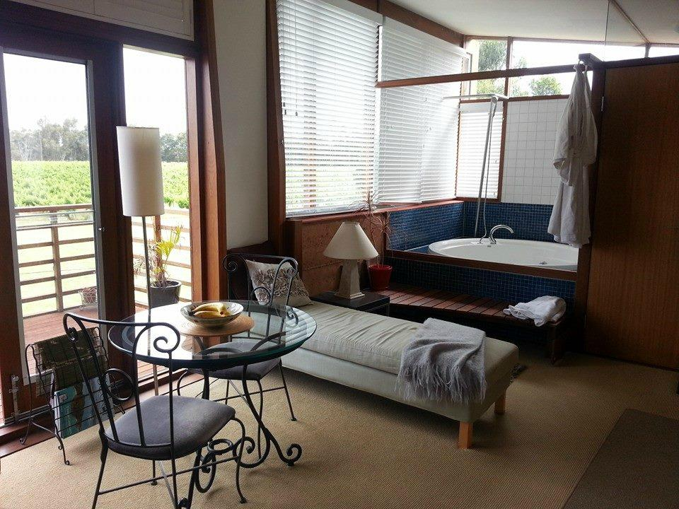 Bettenays Wines and Accommodation