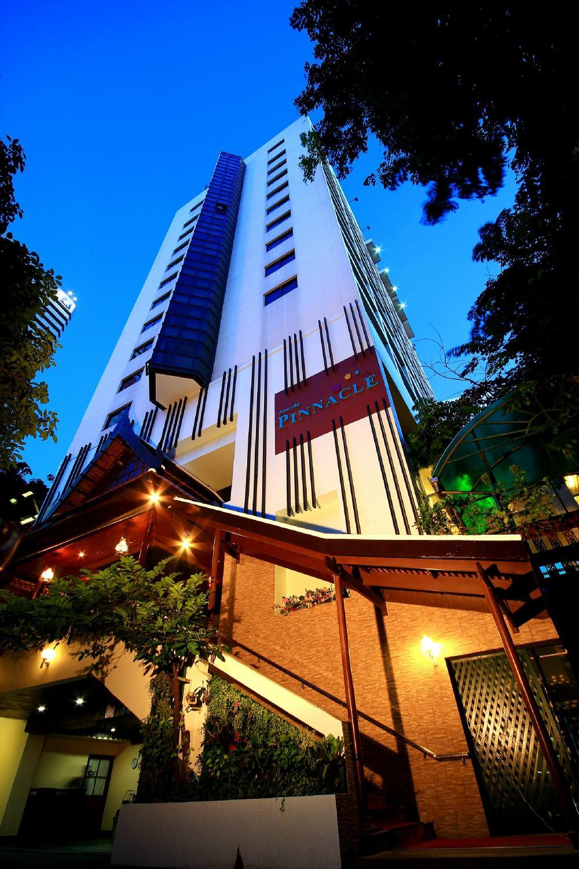Pinnacle Lumpinee Park Hotel