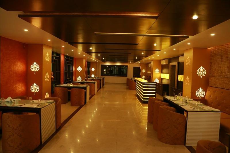 Papaya Tree Hotel Indore