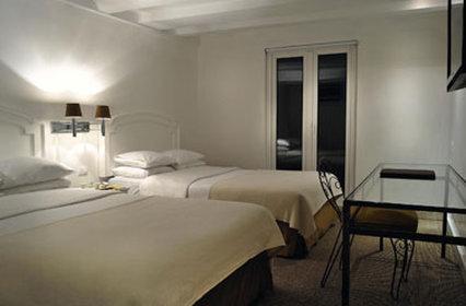 ホテル パラシオ サン レオナルド