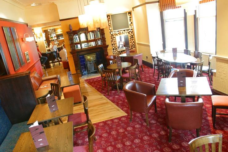 Churchills hotel cardiff pays de galles voir les for Salle a manger wales