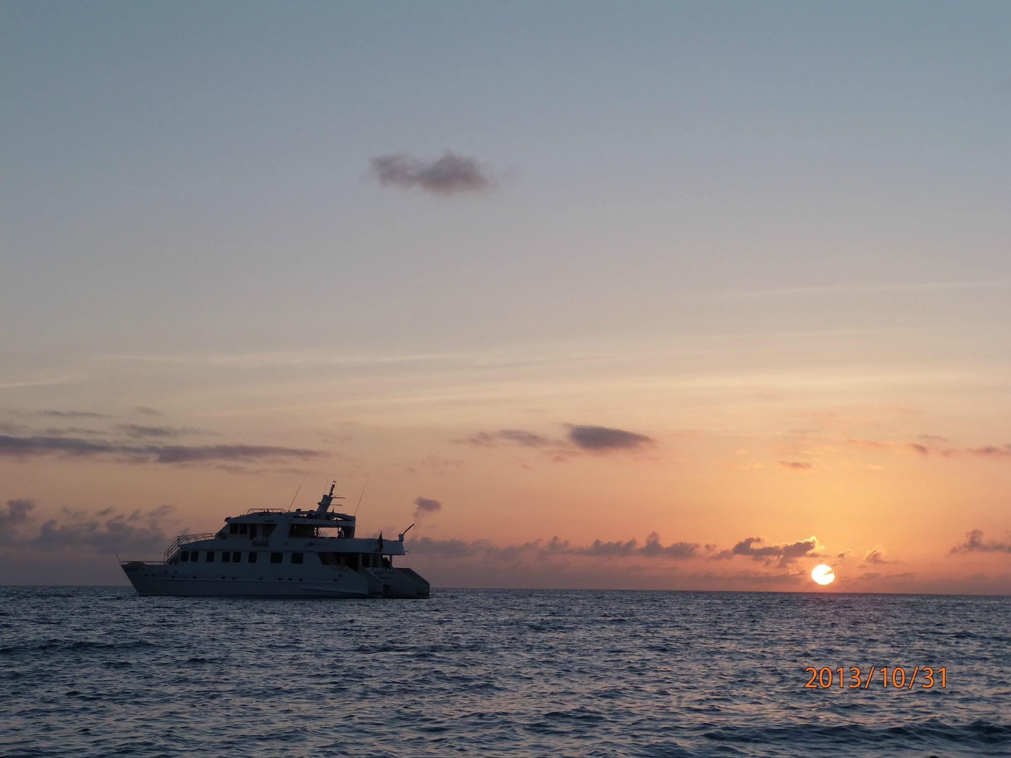 Anahi Galapagos Catamaran.com