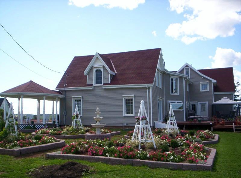 Ada-Ben Weeks House