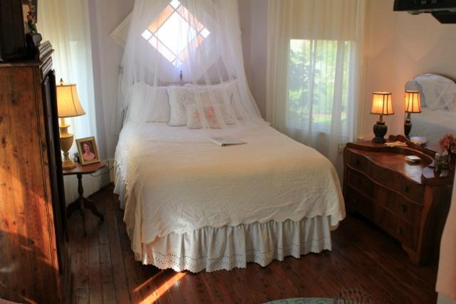 캐롤 하우스 B&B (Carroll House Bed and Breakfast, 베이세인트루이스 ...