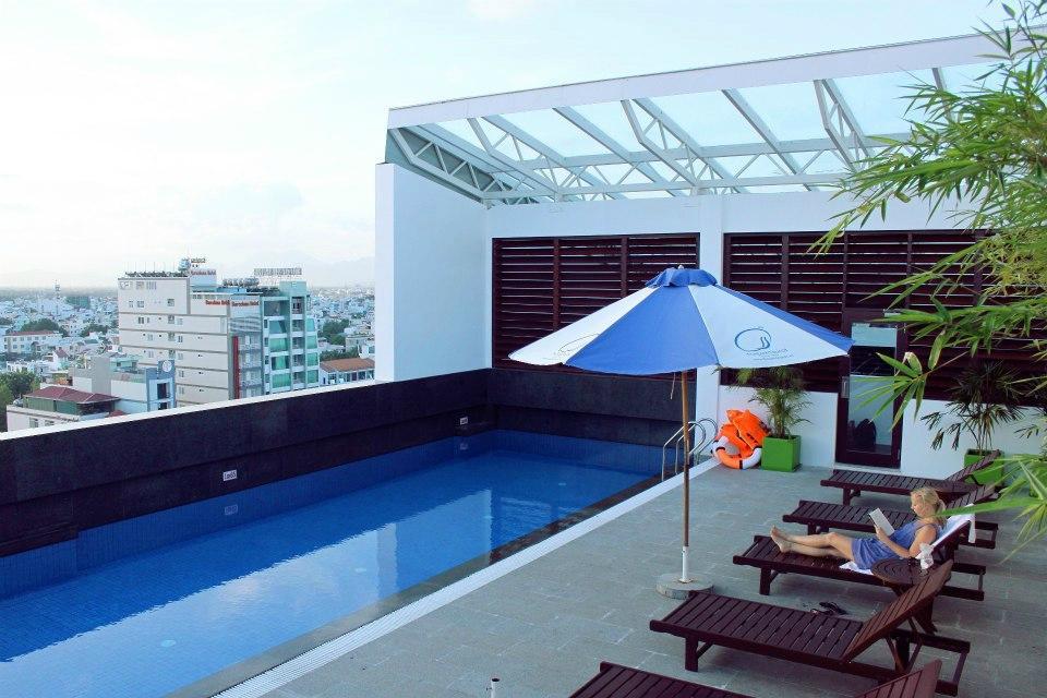 니피 호텔
