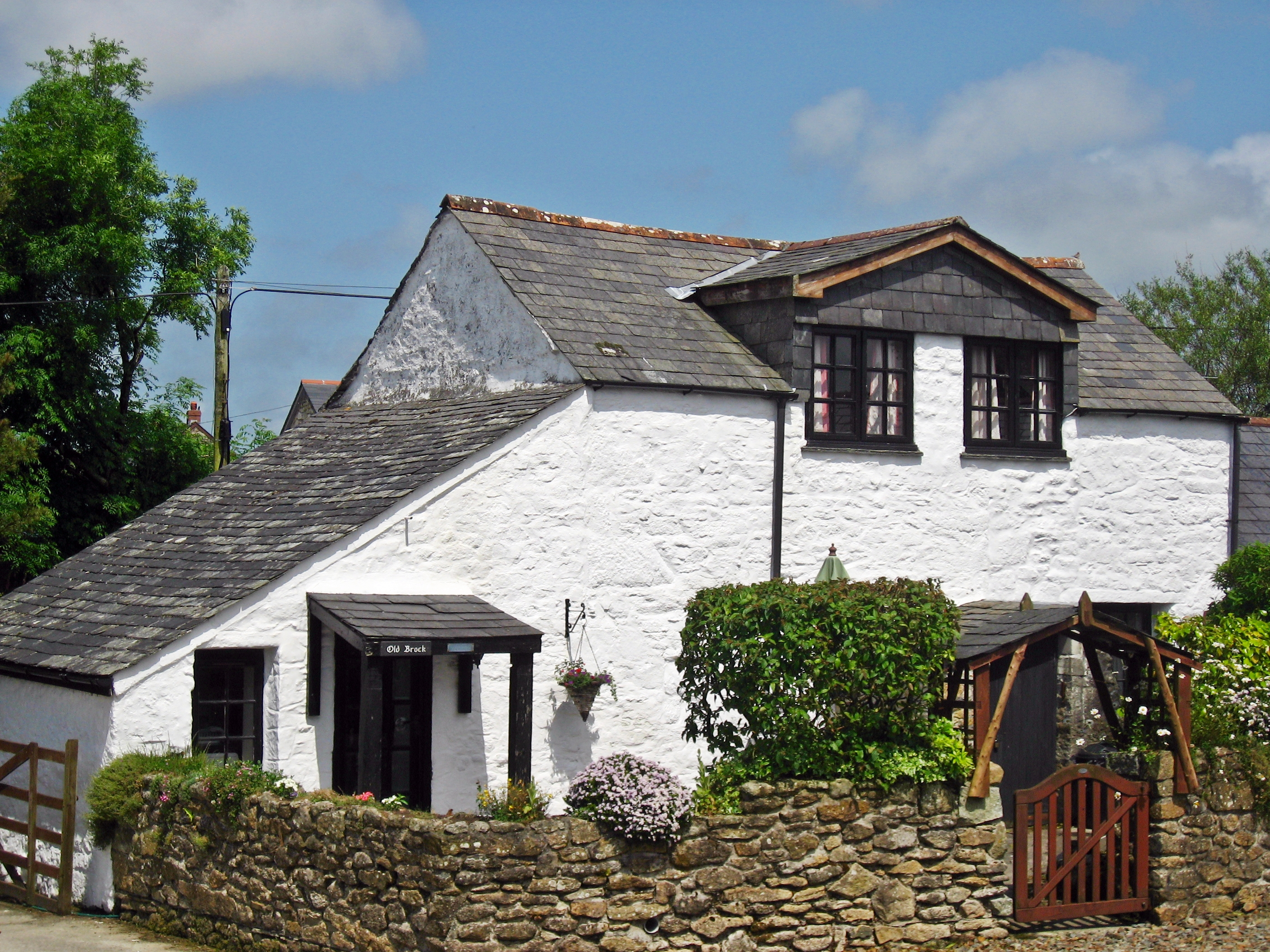 Hallagenna Farmhouse & Cottages