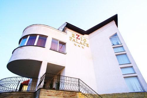 Ezio Palace