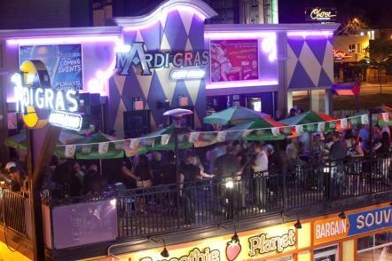 Club Mardi Gras