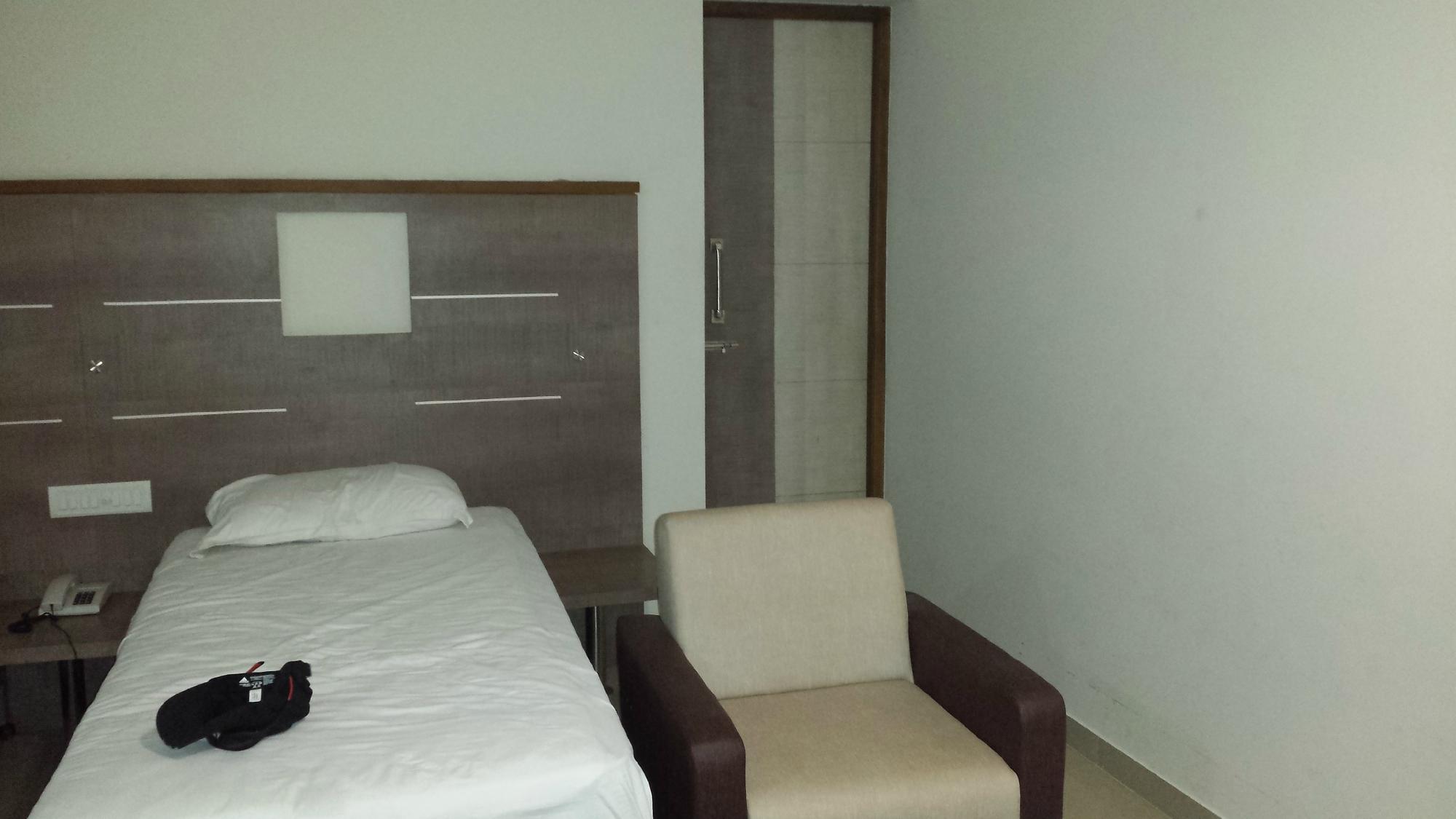Hotel Kanakabhishegam