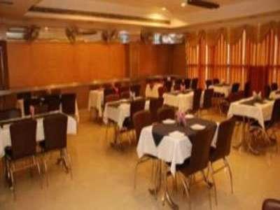 Hotel Raj Sheronz