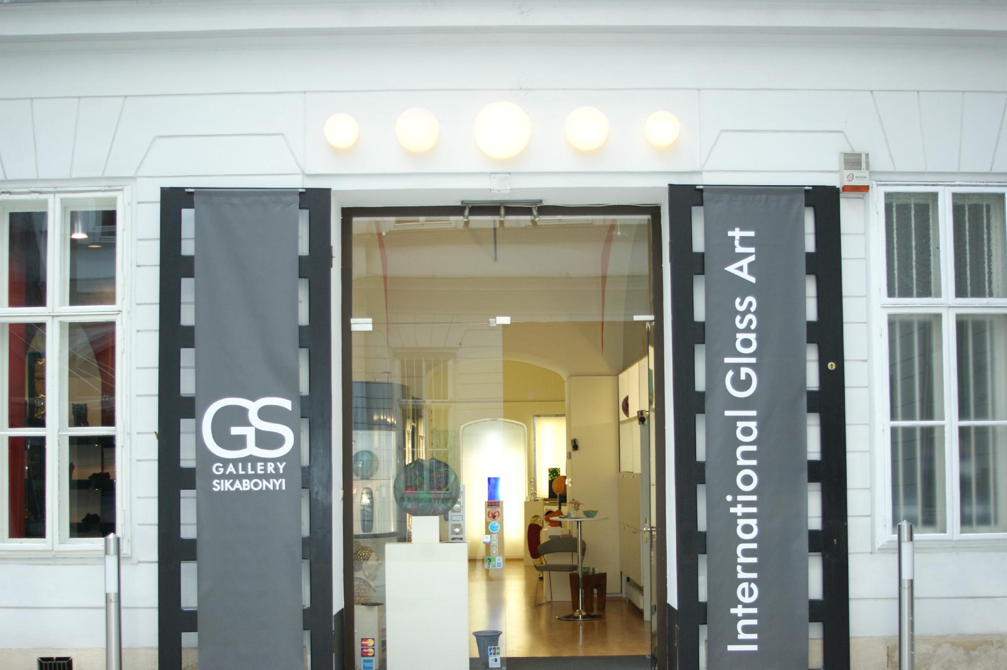 Glass gallery Sikabonyi