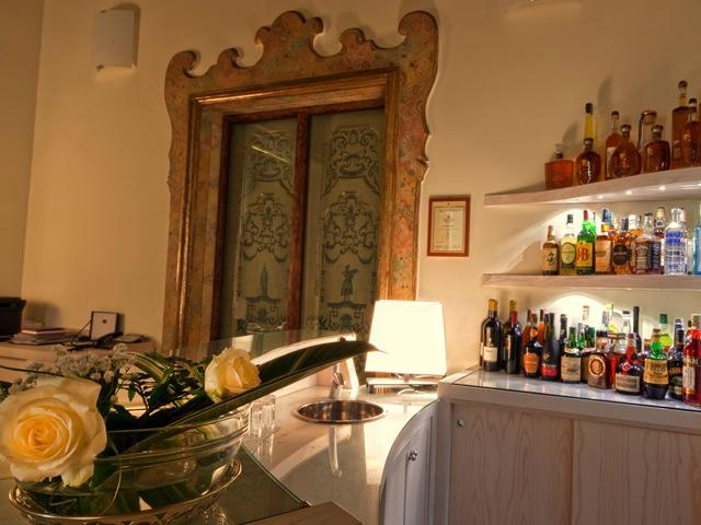 Maison tofani updated 2017 prices reviews photos for Hotel mignon meuble sorrento italy