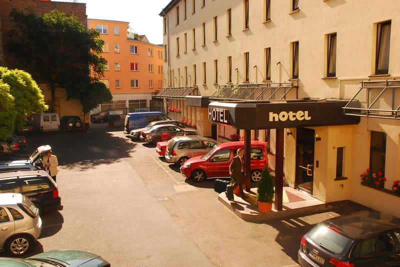 City Hotel Neubrunnenhof