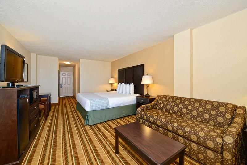 Lexington Inn & Suites