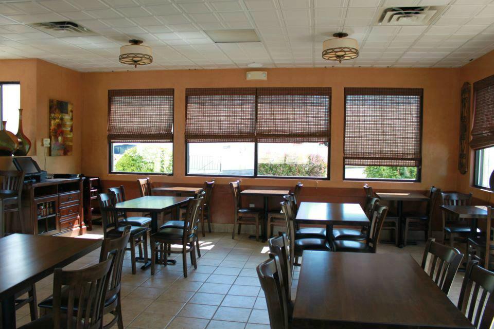 Mina\'s Spanish Kitchen, New Windsor - 325 Windsor Hwy - Restaurant ...