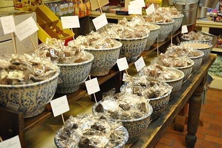 Roscoe Village Sweets & Treats