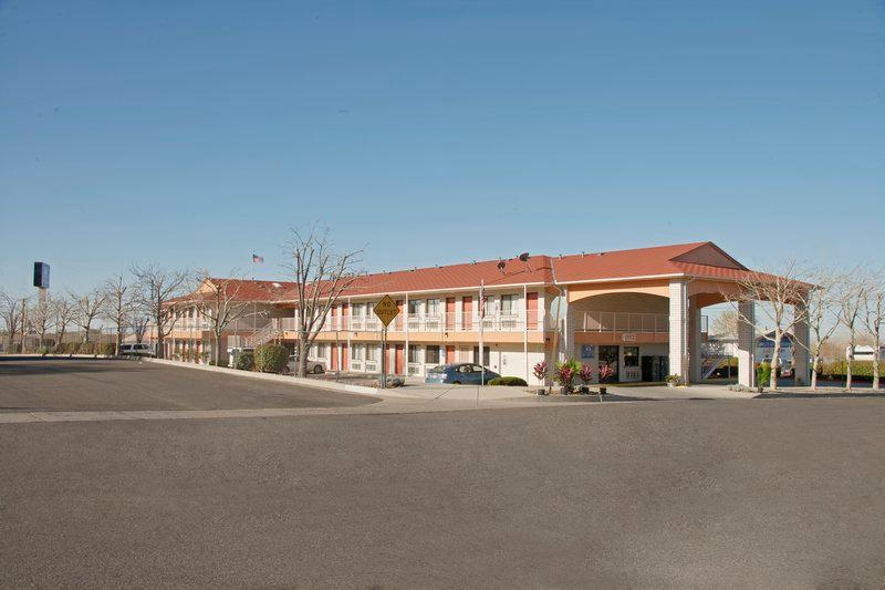 Americas Best Value Inn / East Albuquerque