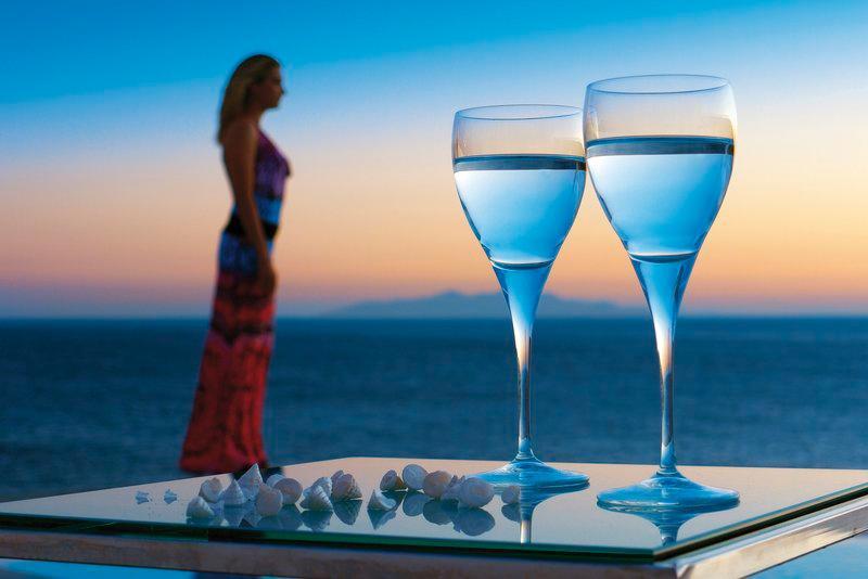 Petasos Beach Hotel & Spa